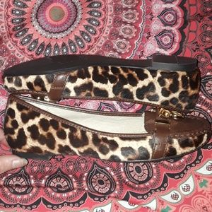 MK! MICHAEL KORS ANIMAL PRINT COW HAIR FLATS!